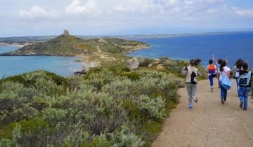 Itinerari naturalistici - Scolaresca in escursione a Capo San Marco